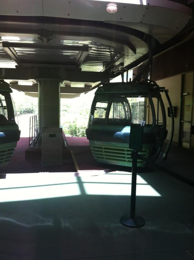 Gondola Cairns